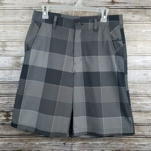 Lululemon shorts plaid black gray size 32